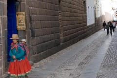 Woman and Child in Traditional Dress on Calle Haun Rumiyoc