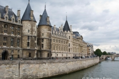 Along the Seine 2009-07-09