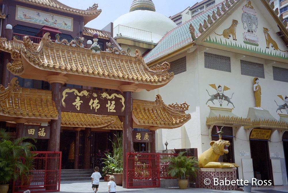 Sakaya Muni Buddga Gaya Temple 1000 Lights 1999-10-06