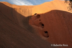 Uluru - Kuniya Tjukurpa Kneeling